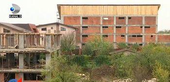 Razboi in Sectorul 3! Cativa bucuresteni au ajuns la capatul rabdarii dupa ce in fata caselor lor au fost construite blocuri
