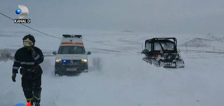 Iarna a lovit zdravan in jumatate de tara, unde a blocat drumurile