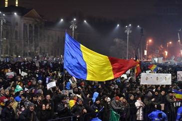 Incidente la proteste! Jandarmii au blocat iesirile de la metrou!