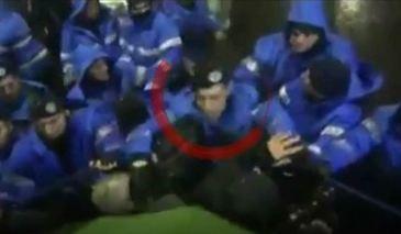 """Marturiile fotoreporterului care a cazut victima jandarmului bataus: """"M-a ametit pe moment. Atitudinea lui nu a avut nicio justificare"""" – Ce sanctiuni il asteapta pe agresor"""