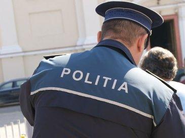 Un politist a ajuns la spital, injunghiat de unul dintre cei mai periculosi interlopi din Iasi. Iubita victimei a privit ingrozita cum barbatul se zvarcolea de durere