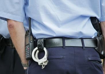Doi politisti din Timisoara, acuzati ca ar fi batut un barbat fara sa aiba vreun motiv. Imaginile sunt socante!