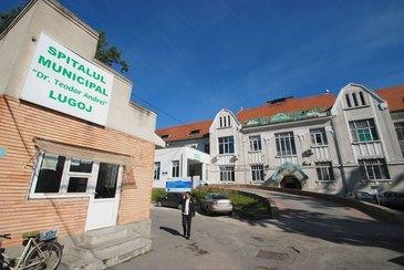 """Infiorator! Un bebelus din Lugoj, internat la sectia de pediatrie, a fost hranit cu lapte dintr-o sticla murdara. Conducerea spitalului se spala pe maini de acest caz: """"Nu este sticla noastra"""""""