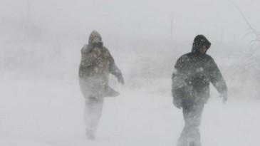 Furtuna de zapada fara precedent in Moscova! Cel putin o persoana a murit!