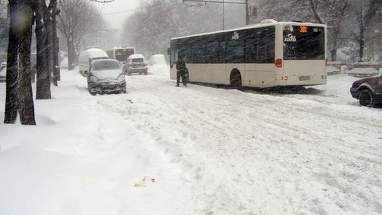 Ninsori in mai multe localitati! Duminica ninge si in Capitala