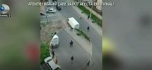 Scene de groaza intr-un cartier rezidential din Bucuresti. Ce a putut sa faca un taximetrist nervos ca nu i s-a ridicat bariera
