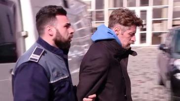 """""""Criminalul din Brasov"""" nu a mai rezistat in arest! Le-a cerut paznicilor sa-l aduca in celula! A vrut neaparat sa vorbeasca cu EL!"""