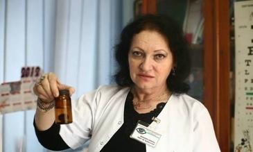Monica Pop sarbatoreste 25 de ani in fruntea Spitalului de Oftalmologie! A fost numita in functie, desi era cel mai tanar medic din spital!