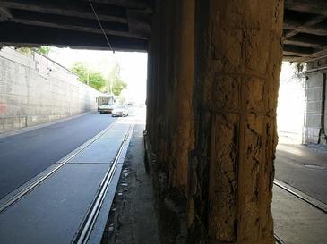 Podul Constanta din Bucuresti este in pericol de prabusire! Imaginile vorbesc de la sine si prevestesc un dezastru de proportii - Autoritatile ar trebui sa il INCHIDA imediat