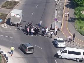 O femeie s-a rasturnat cu masina intr-o intersectie din Galati! Politistii s-au blocat in momentul in care au vazut ce alcoolemie avea!