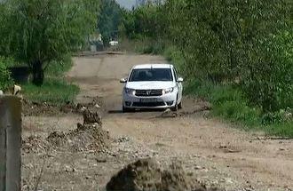 Situatia drumurilor in Romania este deplorabila! Desi suntem in 2018, avem o gramada de drumuri pietruite sau de pamant! Statistica oficiala este infioratoare!