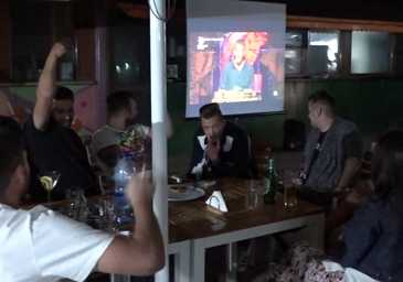 "Am vazut finala Exatlon 2018 la o terasa, cot la cot cu ceilalti clienti obisnuiti! Cum a fost trait ""pe viu"" evenimentul care a innebunit Romania si cum au curs pariurile! REPORTAJ EXCLUSIV"