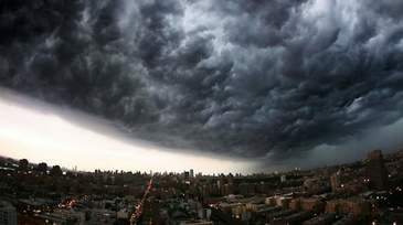 Avertisment meteorologic de ultima ora! O furtuna puternica a lovit Capitala!