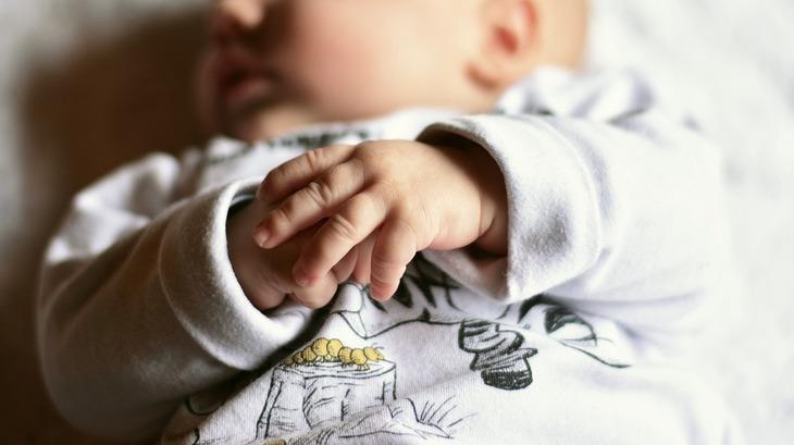 Un bebelus din Constanta a ajuns la spital cu bronsiolita, dar a murit de rujeola