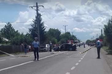 Accident grav la limita dintre judetele Buzau si Ialomita! Sunt mai multe victime. Salvatorii intervin. A fost solicitat un elicopter SMURD