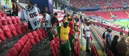 Lectie de civilizatie din partea suporterilor niponi care au ajuns la Cupa Mondiala. Japonezii nu au plecat de pe stadion pana nu au facut curat in tribune