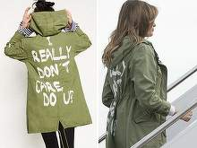 Gafa de proportii a sotiei lui Trump. Melania, tinta criticilor din cauza unei jachete pe care a purtat-o la un centru unde sunt tinuti copiii imigrantilor