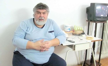 """Ilie Micolov se zbate intre viata si moarte! """"Este atat de bolnav ca ii curge si apa din picioare"""" EXCLUSIV"""