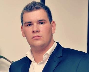 EL este soferul din Iasi care a murit dupa ce a intrat intr-un autobuz cu pasageri! Avea doar 28 de ani!