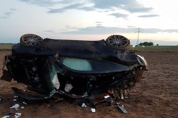 Patron mort cu sacii de bani in masina. Tanarul din Targoviste conducea cu permisul suspendat