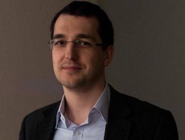 Vlad Voiculescu este noul ministru al Sanatatii. Presedintele Klaus Iohannis a semnat decretul de numire in functie