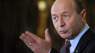 """Basescu reactioneaza dupa ce fostul ministru Relu Fenechiu si-a recunoscut vinovatia intr-un dosar DNA: """"Gorghiu, Antonescu, Ponta, nu va este rusine pentru cat l-ati sustinut"""""""