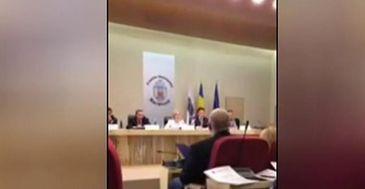 Scandal in Primaria Capitalei, intre viceprimarul Aurelian Badulescu si o consilera USR. De la insulte pana la izbucniri violente a fost doar un pas