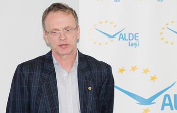 """Propunere halucinanta a unui viceprimar: """"Fiecare sa dea 1.000 de euro pentru o autostrada spre Moldova"""""""