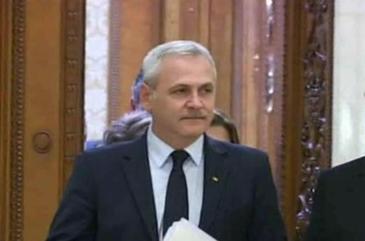 """Liviu Dragnea, intrebat de ce Darius Valcov lucreaza la grupul parlamentar al PSD: """"Pentru ca e bun"""""""
