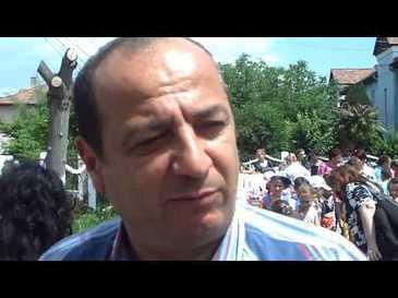Un primar din judetul Sibiu a plecat pe jos la Bucuresti, pentru ca Ministerul Mediului nu a platit lucrarile de apa si canalizare