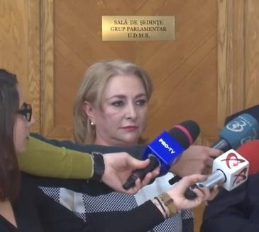 Gafa facuta de premierul Viorica Dancila, privind noua Lege a pensiilor. Sefa Guvernului a anuntat ca pensia minima va creste de la 5.200 la 6.400 de lei