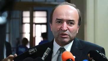Ministrul Justitiei, Tudorel Toader are o avere uriasa. Numai din pensie incaseaza 27.000 de lei pe an, iar din salarii ia 367.000 de lei anual