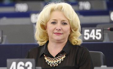 Premierul Viorica Dancila, gafa uriasa in sedinta de Guvern. Afla cum a reusit sa starneasca hohote de ras printre colegi
