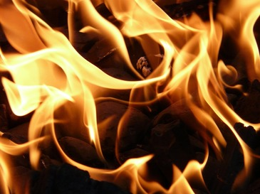 China: 18 persoane si-au pierdut viata intr-un incendiu izbucnit la un salon de masaj pentru picioare