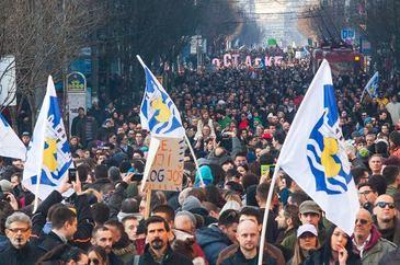 Spaniolii au iesit in strada. 160.000 de oameni au protestat pentru primirea regfugiatilor