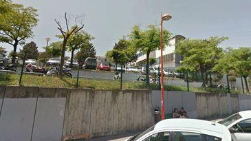 Atac armat la un liceu din Franta. Opt persoane au fost ranite.Trupele speciale au intervenit. Suspectul este un elev de 17 ani, care avea o pusca, doua pistoale si doua grenade
