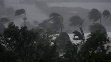Ciclonul Debbie a lovit coasta Australiei. Peste 30 de mii de oameni au fost evacuati