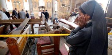 Cel putin sase morti si 66 de raniti intr-un atac sinucigas cu bomba in fata unei biserici din Alexandria
