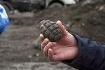 Atac cu grenada intr-o statie de autobuz din Moldova. Doi barbati au fost transportati de urgenta la spital
