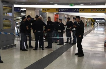 Incident sangeros in gara din Milano. Un politist si un soldat au fost injunghiati