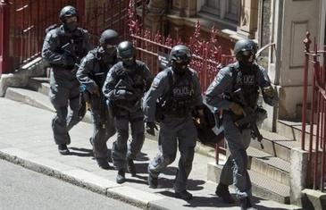 Alerta terorista in Londra! O autogara si strazile din jur au fost inchise