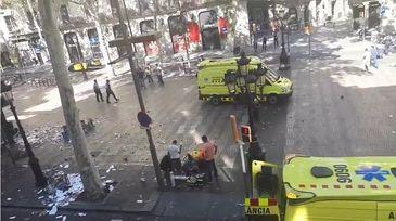 O a doua tentativa de atac terorist a fost oprita de politia spaniola la Cambrils. Atacatorii purtau centruri cu explozibil