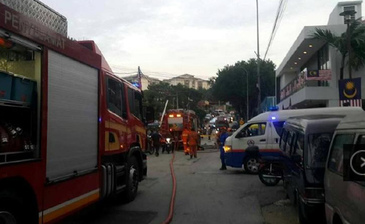Incendiu puternic la o scoala islamica! Cel putin 24 de morti, majoritatea baieti minori