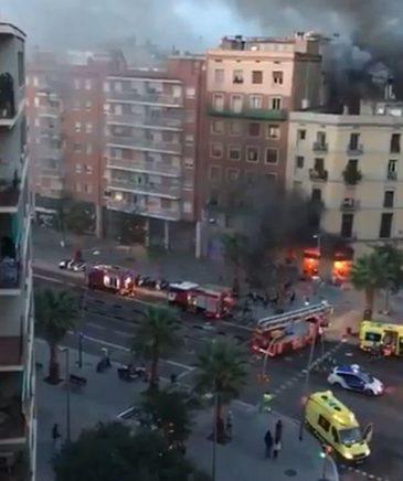 Explozii la Barcelona! Doua explozii puternice au zguduit orasul. Cel putin 21 de persoane au fost ranite