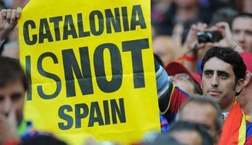 Referendum in Catalonia pentru independenta regiunii. Incidente în Barcelona, la o sectie unde politia incearca sa impiedice oamenii sa intre