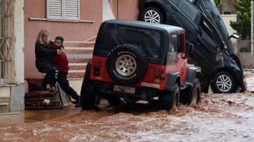 "Doliu national in Grecia, in urma ""catastrofei anuntate"" a inundatiilor sangeroase de langa Atena"