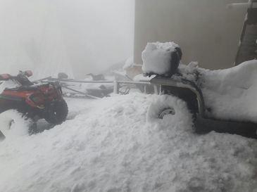 Valul de ninsori si de frig afecteaza vestul Europei: Drumuri blocate, zboruri anulate, competitii sportive amanate