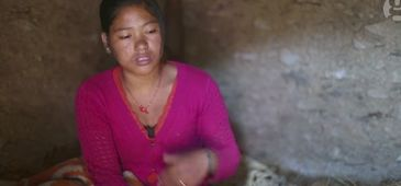 Obiceiul din Nepal care omoara femeile! De fiecare data cand sunt la menstruatie trebuie sa faca asta - Ultima victima e o tanara de 21 de ani
