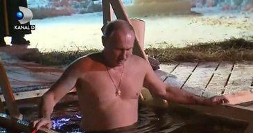 Vladimir Putin s-a aruncat in apele inghetate ale unui lac, in fata unui sobor de preoti