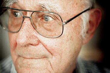 Fondatorul Ikea si unul dintre cei mai puternici antreprenori din lume, Ingvar Kamprad, s-a stins din viata la varsta de 91 de ani
